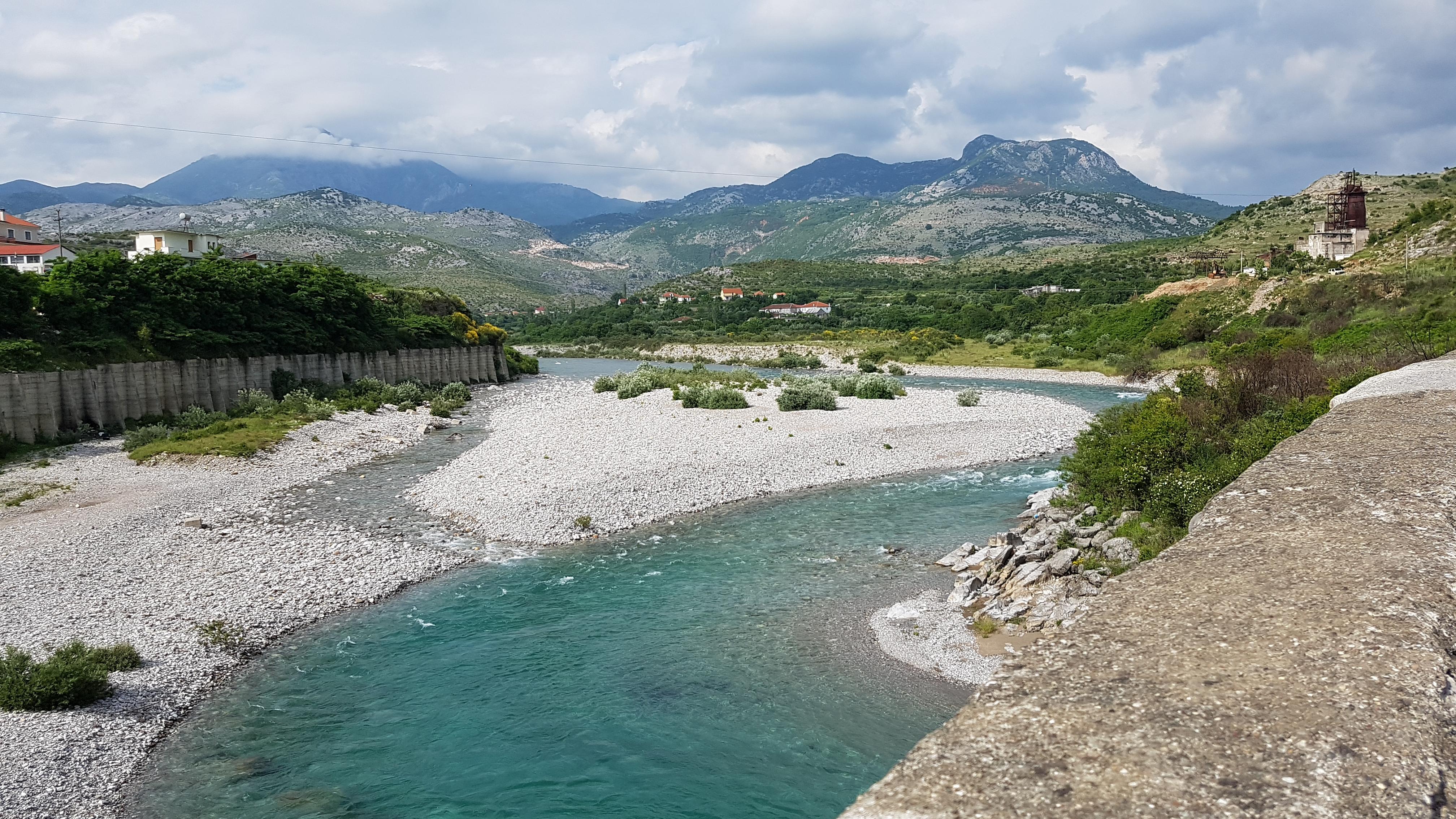 Fluss Kir bei Shkodër, Albanien