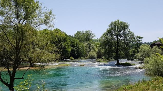 Fluss Vrbas bei Banja Luka, Bosnien und Herzegowina